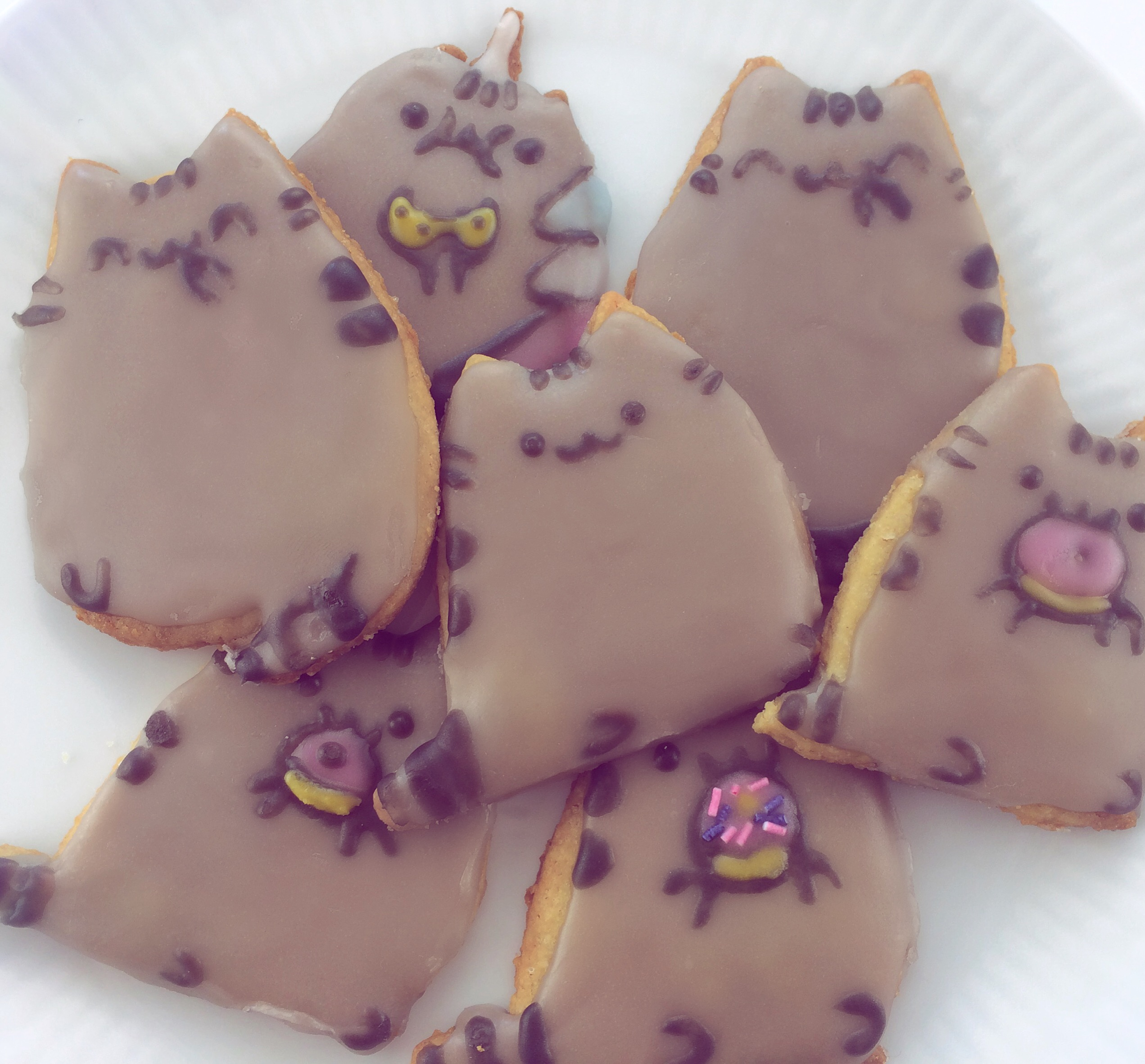 DIY Pusheen Cookie Cutters